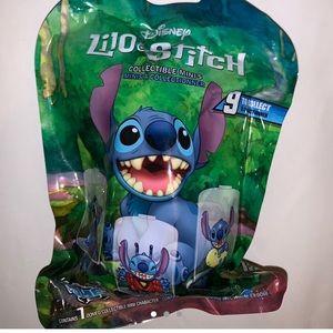 Disney Domez Series 2 Lilo & Stitch Mystery Pack